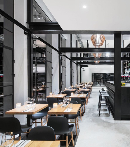 Why Is It Important To Hire A Quality Restaurant Painting Service?